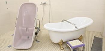 しまナーシングホーム飯田橋の浴室