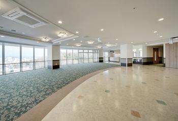 2階ダイニングホール