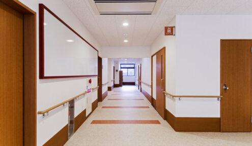 ゆったりスペースの廊下